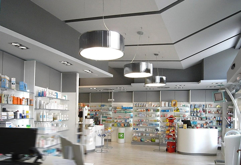 Espacio diáfano farmacia