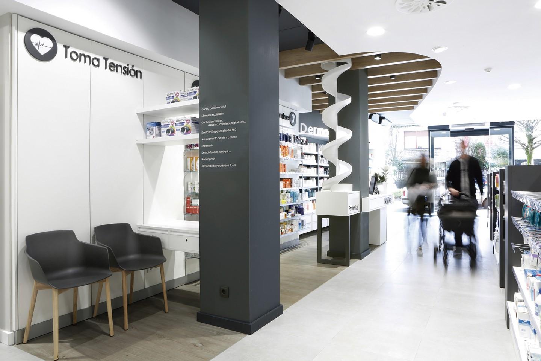 Farmacia Corcuera 8